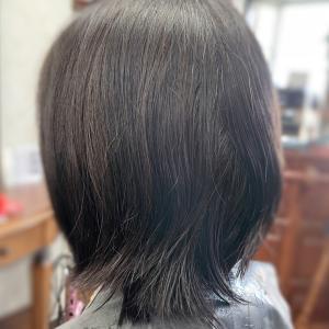 #えりあし #髪が溜まる #ハネる #うねる #くせ毛カット #ブロー要らず #乾かすだけ
