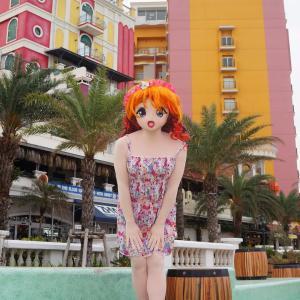 アメリカンビレッジに到着!美浜西側沿道から[着ぐるみ撮影]/American Village Okinawa