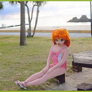 アラハビーチで一休み。着ぐるみ水着撮影/Take a break at Alaha Beach(Taken in a swimsuit kigurumi)