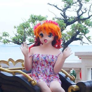 北谷のオブジェに乗っかってみた![着ぐるみ撮影]/American Village Okinawa
