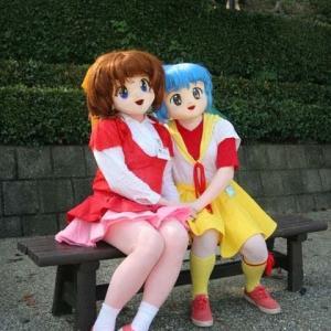 「小学校開校の日」なので小学生キャラの着ぐるみ達/Elementary school children's kigurumi dolls