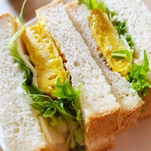朝食は昨日焼いた食パンで、サンドイッチ!《自宅サロンお休み中》