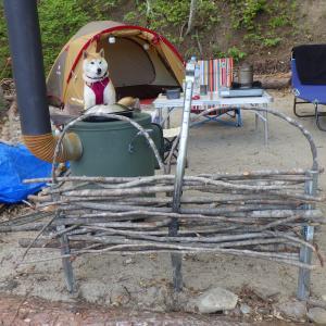湖畔の薪ストーブキャンプ場(その1)