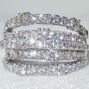 ★★ 2ct 近く の ダイヤ が セット された 煌めく ダイヤ ライン リング ♪♪ ★★