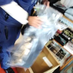 大人気カスタムオーダーブーツは調子よさが違うよね〜!5.5mmもつくっちゃった〜!(碇谷店長)