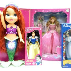 Disney Princess/ディズニープリンセスのドール達(ベル、白雪、オーロラ、アリエル)