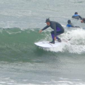 昨日までのポカポカ陽気からの真冬の海です〜まだ海水温は温いからサーフィン楽しめています〜♪