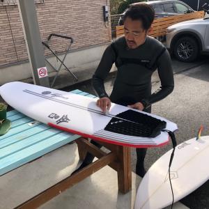 キラーサーフ極寒サーフィン練習会いい波で〜セッション後の腹ぺこランチを楽しく食べる〜♪