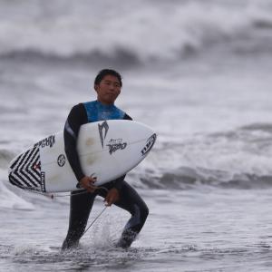 太志プロのリッピングをテクニック解説して〜サーフィン上手くなる人はポジティブに考えてる〜♪