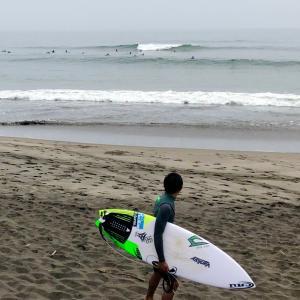 無敵戦隊シリーズでサーフィン絶好調なんだ〜海を愛するサーファー同士はニコニコ笑顔で挨拶する〜♪