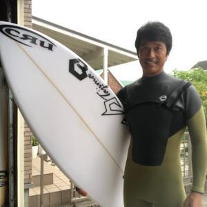 サーフィンって本当に楽しくて最高なんだ〜ボード&ウエットを青空から夜空オーダーしちゃうんだ〜♪