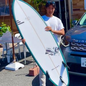 上手くなれるオーダーボードが届いたよ〜サーフィン後の腹ぺこランチは美味しいお米をいただきます〜♪
