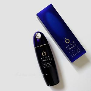 RICE FORCEのライスパワーNO.11エキス配合の薬用保湿化粧水で、たっぷり潤いを。