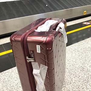 スーツケースの修理場で一瞬キレた(苦笑)