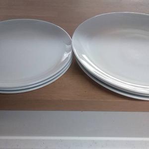 白い食器だけど垢抜けないのはなぜ?どんな料理も素敵に見せる食器選びのコツとは