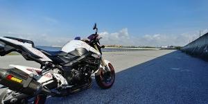 今日も朝からバイクの練習