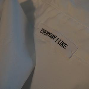 EVERYDAY シャツ。。。。