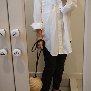 My コーデ♪白シャツとエコレザーパンツ。。。