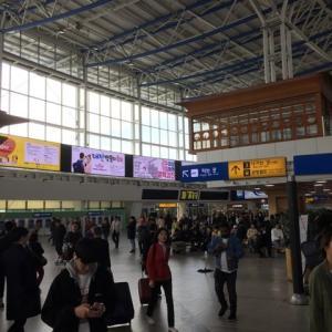 KORAILソウル駅の電車待ちに便利なここ・・・バッテリー充電もできる!