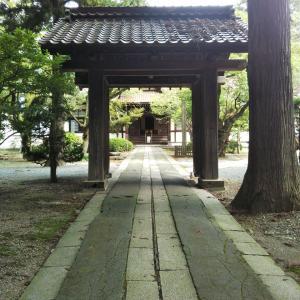 報恩寺の中門