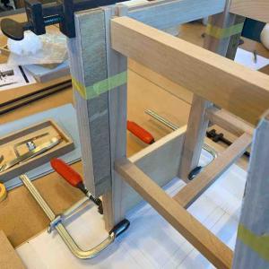 椅子作り その21 本組みと座板の鉋がけ