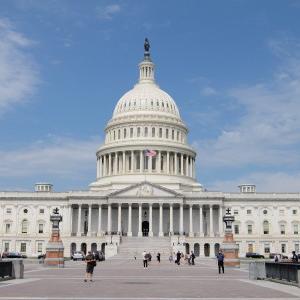 ワシントンD.C 連邦議会議事堂のツアーに参加して、議会図書館を見学します。