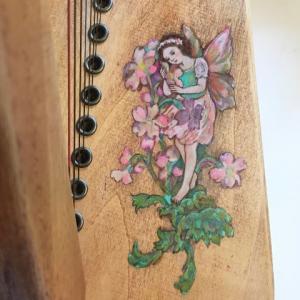 花の妖精ハープ