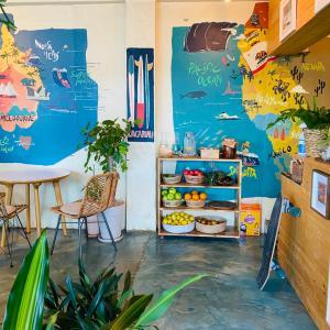 【江原道・ヤンヤン】夏と海を感じるサーフショップのカフェ「TYLER SURF」