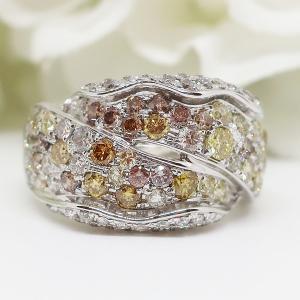 ファンシーカラーダイヤモンドの大振りでお洒落なリング