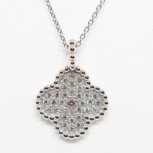 クリスマス先行セール!四つ葉のクローバーのダイヤモンドペンダントネックレス