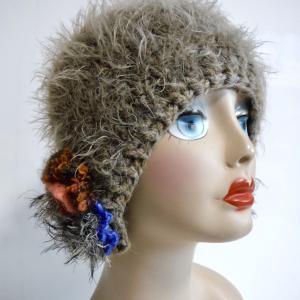 秋冬帽子続々と
