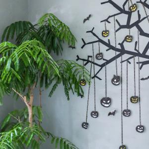 ★お家でハロウィン♪ マステで作るハロウィン壁飾り(インテリアと暮らしのヒントより)
