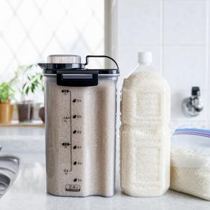★冷蔵庫のお米保存はペットボトルが便利(インテリアと暮らしのヒントより)