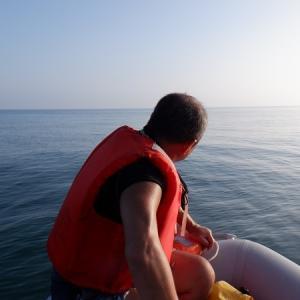 夏のゴムボ沿岸はムリ!
