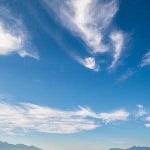 富士の上の雲
