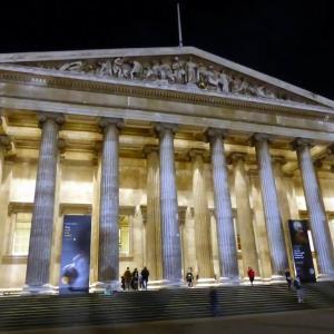 大英博物館は、大きくて大変!