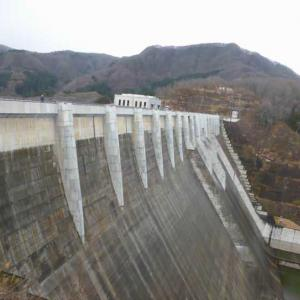 壮大な津軽ダム