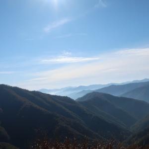 林道冠山線を岐阜から福井へ ~ 冠山峠 ~