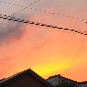 広ーい空と雲 日々 気になります。雨続きでしたが久しぶりの夕焼け空