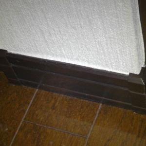 一条工務店の巾木出隅キャップを補修