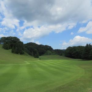 ゴルフレッスンはゴルフ場で実戦練習