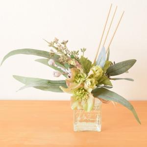レッスン見本「ナチュラルテイストな造花で作るフレグランスディフューザー」(造花プリザーブドフラワー教室)