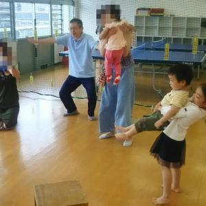 みんなで飛行機をビューン!栄町児童館、パパと児童館であそぼう(2019年7月)