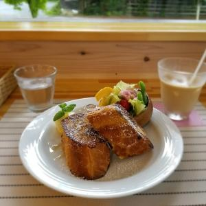 Cafe Meriggiare -カフェ メリッジャーレ- * フレンチトーストのモーニング♪