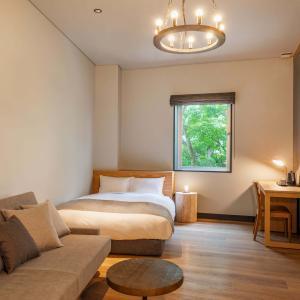 HOTEL KARUIZAWA CROSS * チャーチストリート軽井沢の2階がホテルに変身しました♪