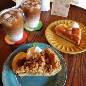 飯綱町・英国りんごフェア * ③りんご畑の中の古民家カフェ「CAFE 傳之丞」