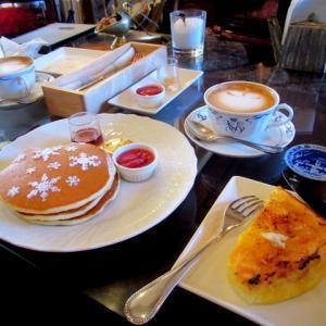 カフェ・ル・プティ・ニ 3 * 看板メニューのフレンチトーストとパンケーキは健在♪