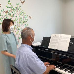 シニアのためのピアノレッスンは、人との「つながり」「居場所」(上原早苗先生)