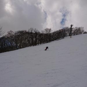 若きスキーヤー