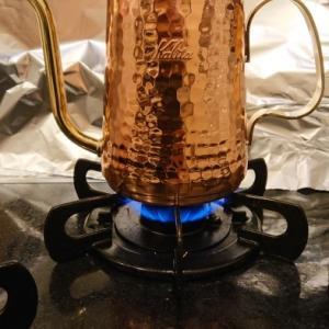 銅製ドリップポットで淹れたゲイシャは格別の味だった